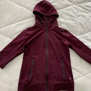 Gap Fit zip-up sweatshirt wine colour